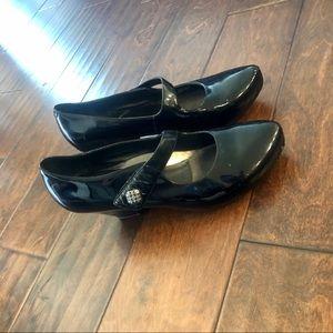 Dansko Black MaryJane Heels 👠